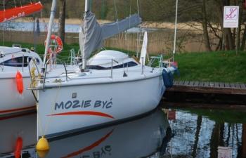 Twister 800N, czartery na Mazurach,Jacht Mazury
